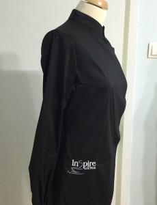UniformeBucatari.ro - Camasa ospatar la comanda personalizata cu logo brodat